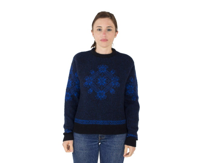 80s Vintage Sweater | Wool Black and Blue Snowflake Pullover | Size Extra Large