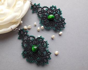 Black tatting earrings with Green Cat's Eye, Black lace earrings, lace tatted earrings, jewelry with Green Cat's Eye, gift for women