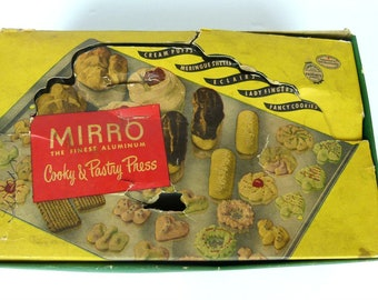 Vintage 1950s Mirro Cooky & Pastry Press in Original Box - Never Used