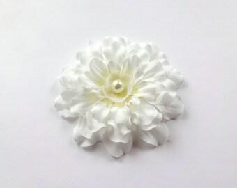 CLEARANCE / Bridal Ivory Zinnia Flower Hair Pin, Girl Hair Clip, Baby Snap Clip