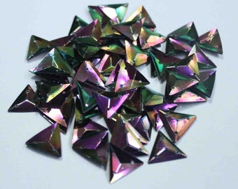 50 Triangle Rainbow Color Sequins/KBTS327