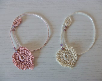Bookmarks with Shabby style heart, ècru and Pink