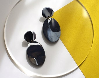 Black and White Marbled Earrings / Oval Dangle Statement Earrings / Polymer Clay Jewelry / Abstract Minimal Earrings