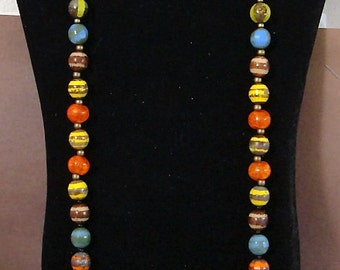 NECKLACE is 33 inch., 1/2 DIAMETER glass beads,  easy J clip, see description & pictures