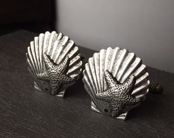 Silver Shell Cufflinks Beach Wedding Cufflinks - Shell Cufflinks Men's Cufflinks for Beach Wedding - Mermaid Jewelry for Men Seashell