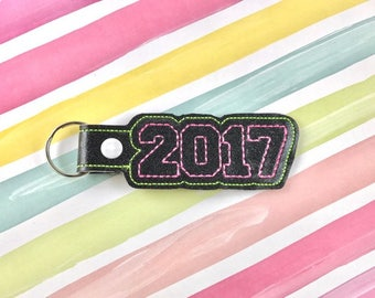 Graduation 2017 Snap Tab Embroidery Digital Keychain File Instant Download