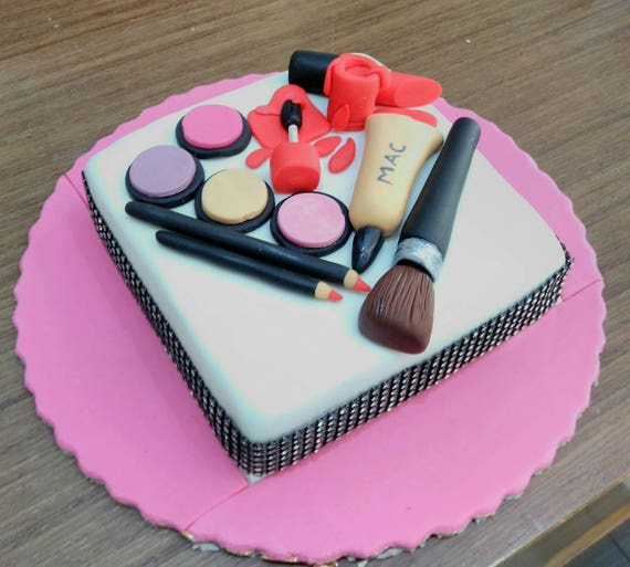 Spilled Nail Polish Cake: Make Up Beauty Fondant Cake Toppers Set Make Up Beauty