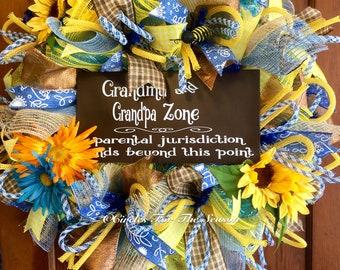 Grandma grandpa gift, grandparent wreath, front door wreath, grandparent day, summer wreath, door decor, deco mesh wreath