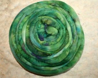 Hand-dyed Merino Wool 'Laguna' - combed tops