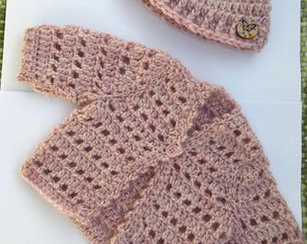 Newborn baby girl crocheted jacket/cardigan and beanie hat in pale dusky pink