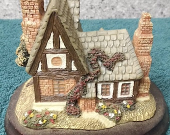 Country Cottage resin statue made in China