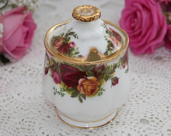 Royal Albert Old Country Roses Jam marmalade jar / preserve pot, honey pot with lid, First Quality, 1960s