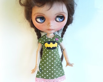 "Olive Handmade Summer Dress ""Batman"" for Blythe 1/6"