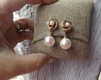 Judy Lee Signed Rose w faux pearl clip on earrings
