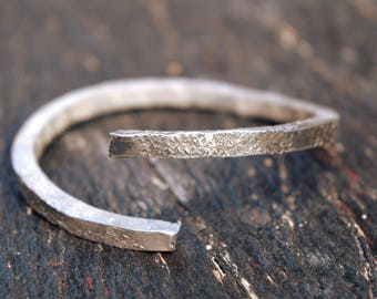 stacking bangle 4 GAUGE THICK sterling silver bangle,rustic bangle,handmade silver stacking bangle,silver 925,unique,anniversary gift,woman