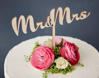 Calligraphy Mr and Mrs Wooden Wedding Cake Topper