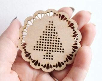SET OF 4 - Christmas tree Cross stitch pendant blank - blanks Wood Needlecraft Pendant, wooden cross stitch blank -Odv-ng-7-60