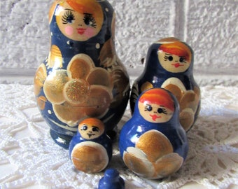 Matryoshka Doll. Vintage Russian Doll. Family of 5 Matryoshka Dolls. Blue and Gold Russian Doll. Nesting Dolls. Russian Doll Set.