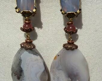 ROMANCE boucles d'oreilles clips en pierres naturelles.