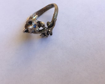 Silver Colored Ring Cat