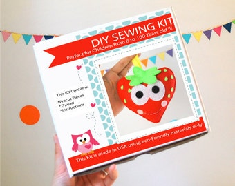 Strawberry Sewing Kit, Felt Kids' Crafts, Felt Sewing Kit in a Box, 8+ years old craft, No need sewing machine, A824