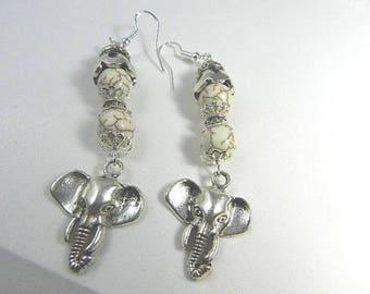 boucles d'oreilles argent blanche, boucles d'oreilles ethnique, boucles d'oreilles perles Howlite, boucles d'oreilles femme style tibétaine
