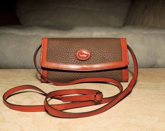 REDUCED HTF Unique Vintage Dooney & Bourke Very Rare Dark Taupe/Brit Tan Crossbody Wallet Organizer w/Checkbook Cover/Pen: Collector Worthy!