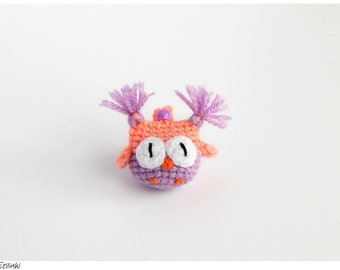 Owl keychain in candy colors. Cute gifts for mom. Best gift for girls. Women keychain. Owl key ring Kawaii bird ornament Teen girl accessory
