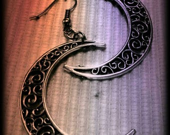 Large crescent moon earrings