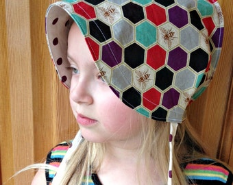 SALE Reversible Cotton and Linen Sun Bonnet for babies toddlers and children - Echino- Hexagon Bees - size 3-5 years only