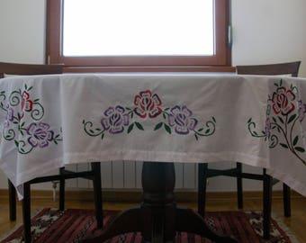 Wasillia Lavish Purple Flowers Cloth