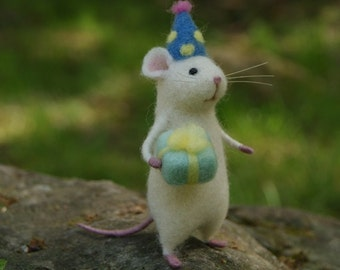 Needle Felted Animal Needle Felt Mouse White mouse Handmade Miniature Birthday Gift Home Decor Eco Friendly Material