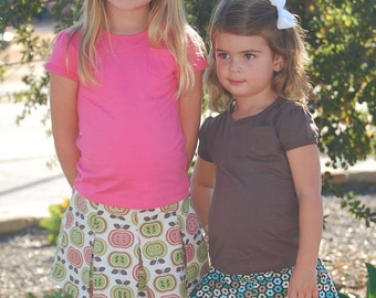 INSTANT DOWNLOAD- Sassy Pleated Skirt (Size 3 months to Size 6) PDF Sewing Pattern and Tutorial