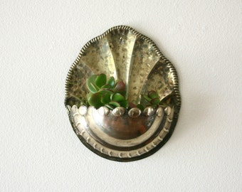 Vintage Brass Wall Pocket Planter, Wall Decor , Scallop