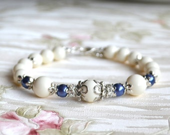 Navy and ivory wedding bracelet Navy Bridesmaid bracelet Dark blue Swarovski jewelry with rhinestones Bridesmaid gift