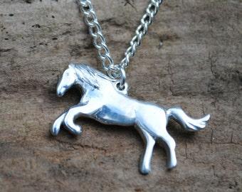 Horse Pendant P80