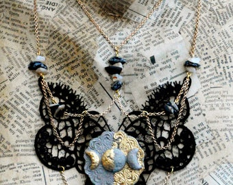 """Necklace) o (Hecate) o (concrete, gold, Obsidian snowflake, Moon stone """"Ruins"""")"""