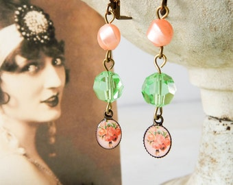 Upcycled shabby earrings / upcycled earrings / cottage chic / shabby chic / flower earrings / shabby jewelry / vintage beads / mint green