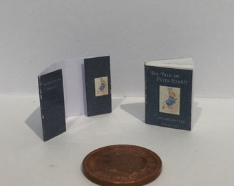 Dolls house Peter Rabbit with pictures, outer removable jacket and Text 1:12th