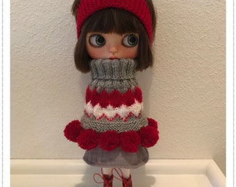 Knitted cape for Blythe Doll