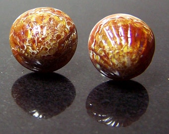 Small realistic caramel brown glass cockleshell ear studs No.2 - handmade glass shell post earrings SRA