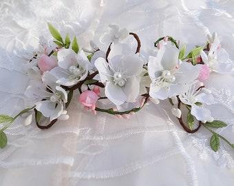 white flower hair vine, floral hair clip, light pink flower hair clip, first communion headpiece,  communion hair accessories, wedding hair