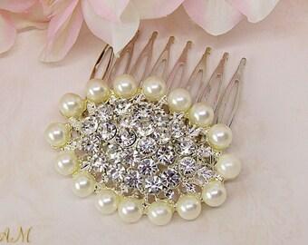 Small bridal hair comb, pearl hair comb, crystal hair comb, bridesmaids hair accessories, bridesmaids gifts, wedding hair comb