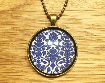 Blue Damask - Necklace with cabochon