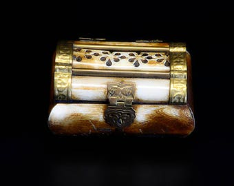 Vintage Camel Bone Jewelry/Treasure Box