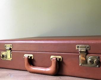 Vintage Crest Lock Co. Inc. Leather Briefcase Attache' Laptop Case