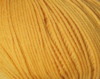 Golden Cascade 220 Superwash Yarn 220 yards 100% SuperWash Wool color 877