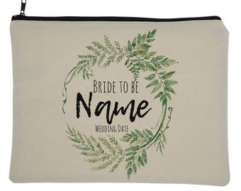 Custom Bride to be Greenery Themed Wedding Makeup Bag, Greenery Wedding, Bride to be, Bridal Party, Wedding, Brides, Gift for Brides