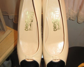 Ferragamo Pumps/Cream and Black Spectator Pumps Size 8AA