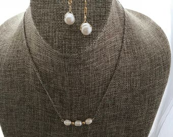 Fresh Water Pearl Earring and Necklace Set